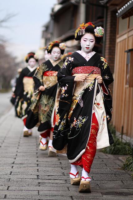 18-japon-kimono-geisha