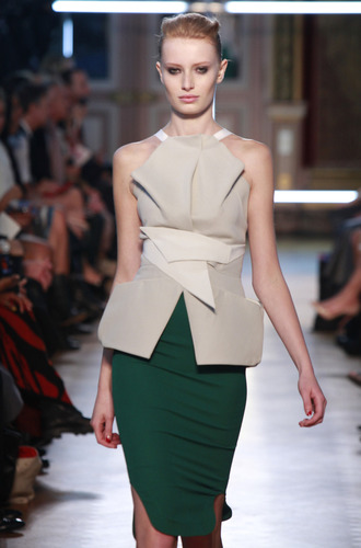 Paris Fashion Roland Mouret